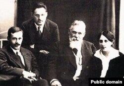 Лев Симиренко с детьми