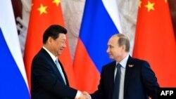 Vladimir Putin və Xi Jinping