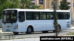 """""""Hýundaý"""" awtobusy. Aşgabat"""