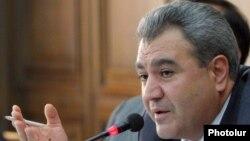 Հայաստանի վերահսկիչ պալատի նախագահ Իշխան Զաքարյան, արխիվ
