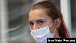 Kristina Timonovskaia, duminică seară, la Aeroportul Haneda din Tokyo.
