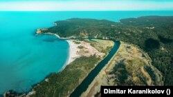 Преди хиляди години нивото на Черно море край устието на река Ропотамо е било около 5 метра по-ниско, казват подводни археолози