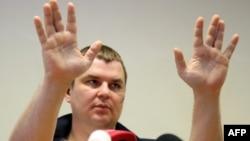 Дмитро Булатов минулого тижня під час прес-конференції у Вільнюсі