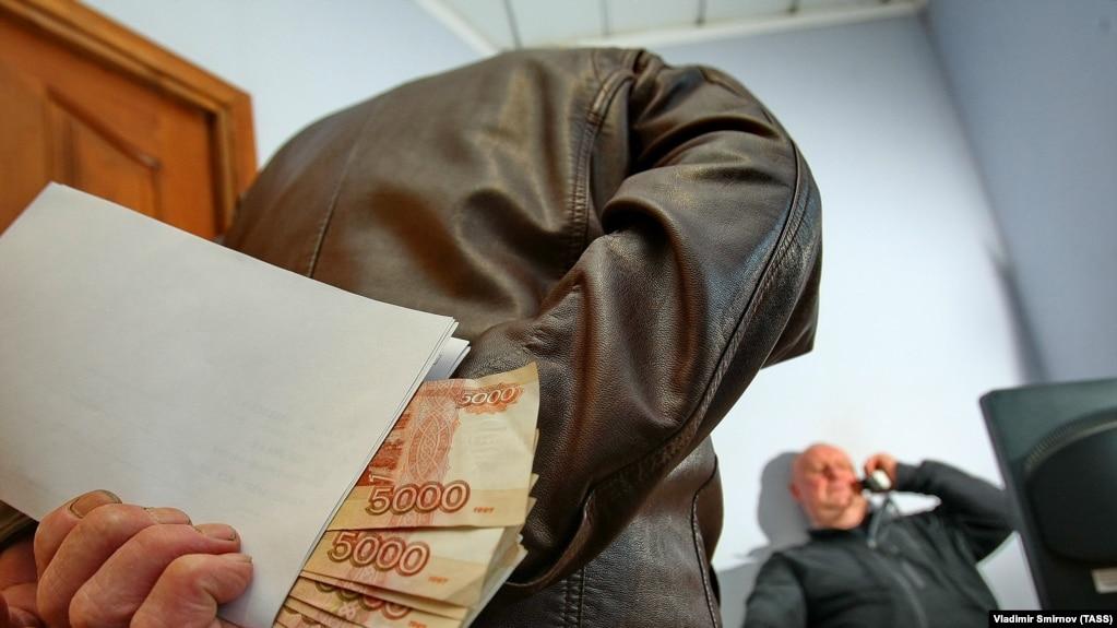 Экс-главу ЦСКА обвиняют в получении взятки в особо крупном размере