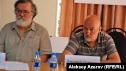 Защитники заповедника Кокжайляу Сергей Куратов и Андрей Старков. Алматы, 9 сентября 2013 года.