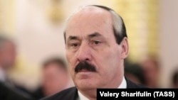 Daghestani leader Ramazan Abdulatipov (file photo)