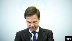 Hollansiyanın baş naziri Mark Rutte Britaniyanı tələsdirməməyə çağırıb