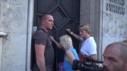 Beograd: Učesnici protesta kucali na vrata Rektorata