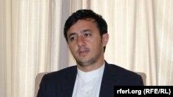 ناجی: حالت دفاعی و عدم حالت تهاجمی نیروهای دولتی باعث رفت و آمد مخالفان است.