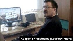 Абдижамил Примбердиев иш ордунда. 2015-жыл.