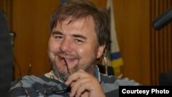 Украинский журналист Руслан Коцаба, арестованный по подозрению в государственной измене.