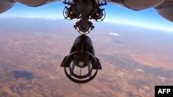 Rusiya aviasiyası Suriyanı bombalayır.