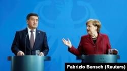 Сооронбай Жээнбеков и Ангела Меркель. Берлин, 16 апреля 2019 г.