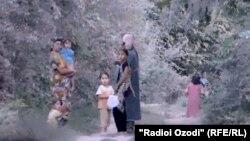 Жители села Муходжирабад