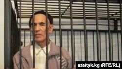 Кыргызстанский правозащитник Азимжан Аскаров в суде по его делу.