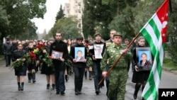 Владислав Ардзинба ушел из жизни 4 марта 2010 года, за два месяца до своего 65-летия
