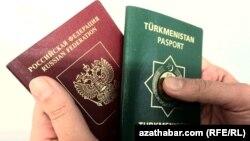 Orsýetiň we Türkmenistanyň pasportlary.