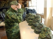 Many conscripts don't find the Russian military suits them (ITAR-TASS)