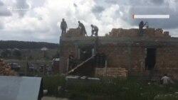 Кримськотатарські активісти будують будинок для сім'ї затриманого Абдурахманова (відео)