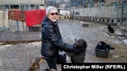 Od nastanka utočišta 1997. do sada, Tamara kaže da je spašeno više od 20.000 pasa i mačaka lutalica