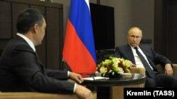 Встреча президентов Кыргызстана и России Садыра Жапарова и Владимира Путина. 24 мая 2021 года. Сочи.