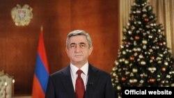 Новогоднее обращение президента Армении Сержа Саргсяна, 31 декабря 2010 г. (фотография - пресс-служба президента Армении)