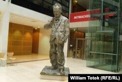 Statuia lui Willy Brandt, sediul SPD din Berlin