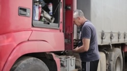 Российские водители едут в Казахстан за дешевым бензином