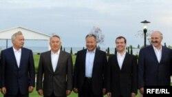 Неформальный саммитОДКБ в г. Чолпон-Ата.