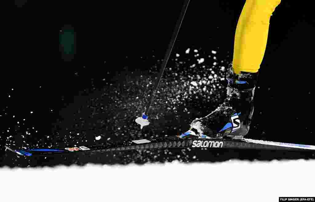 Biathlon: Gold medalist Sebastian Samuelsson of Sweden in action during the Men's Biathlon 4 x 7,5 km Relay race at the Alpensia Biathlon Centre during the PyeongChang 2018 Olympic Games, South Korea, 23 February 2018.