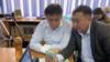 Белсенді Жанболат Мамай мен адвокат Ғалым Нұрпейісов онлайн процесте отыр. Алматы, 14 мамыр 2021 жыл.