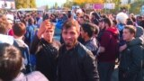 Grab: Russia -- men celebrate MMA victory, Makhachkala, 07Oct2018
