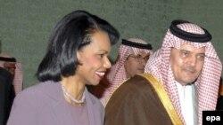 Кондолиза Райс встретилась с министром иностранных дел Кувейта шейхом Мохаммедом ас-Сабахом