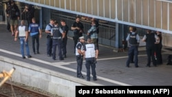 Поліція на місці нападу на вокзалі Фленсбурга, Німеччина, 30 травня 2018 року