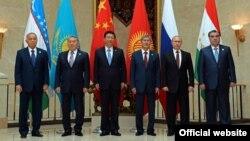 Президенты стран - членов ШОС. Бишкек, 13 сентября 2013 года.