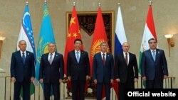 Акси умумии перзидентҳо дар Бишкек