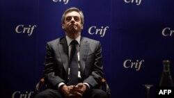 Fijon je odbacio sve optužbe, tvrdeći da je istraga uperena protiv njegove predsedničke kandidature
