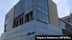 Не введенный в эксплуатацию новый надземный переход в Томске