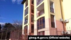 Апартаменты комплекса «Испанская деревня» в Алупке