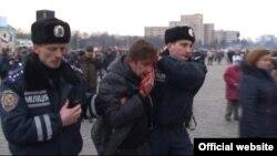 Martın 1-də də Xarkovda qarşıdurma baş vermişdi.
