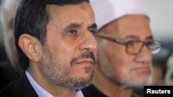 شیخ احمد الطیب، رییس دانشگاه الازهر و محمود احمدینژاد در نشست خبری مشترک