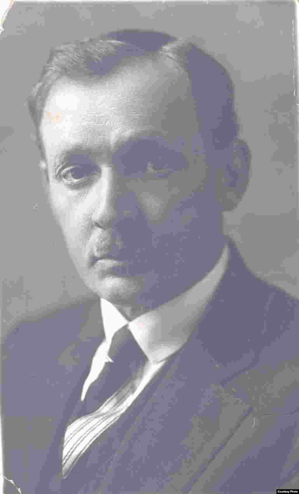 Янка Купала. 1930-я гг. З фондаў БДАМЛМ