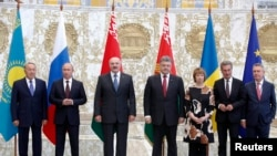 26 серпня у Мінську відбулася зустріч між главами держав Митного союзу, України та представниками ЄС
