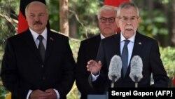 Բելառուսի, Գերմանիայի և Ավստրիայի նախագահները նացիզմի զոհերի հուշարձանի բացման արարողության ժամանակ, «Տրոստենեց» հուշահամալիր, 29-ը հունիսի, 2018թ.