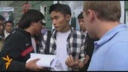 Студенттер журналистерге жолай алмады