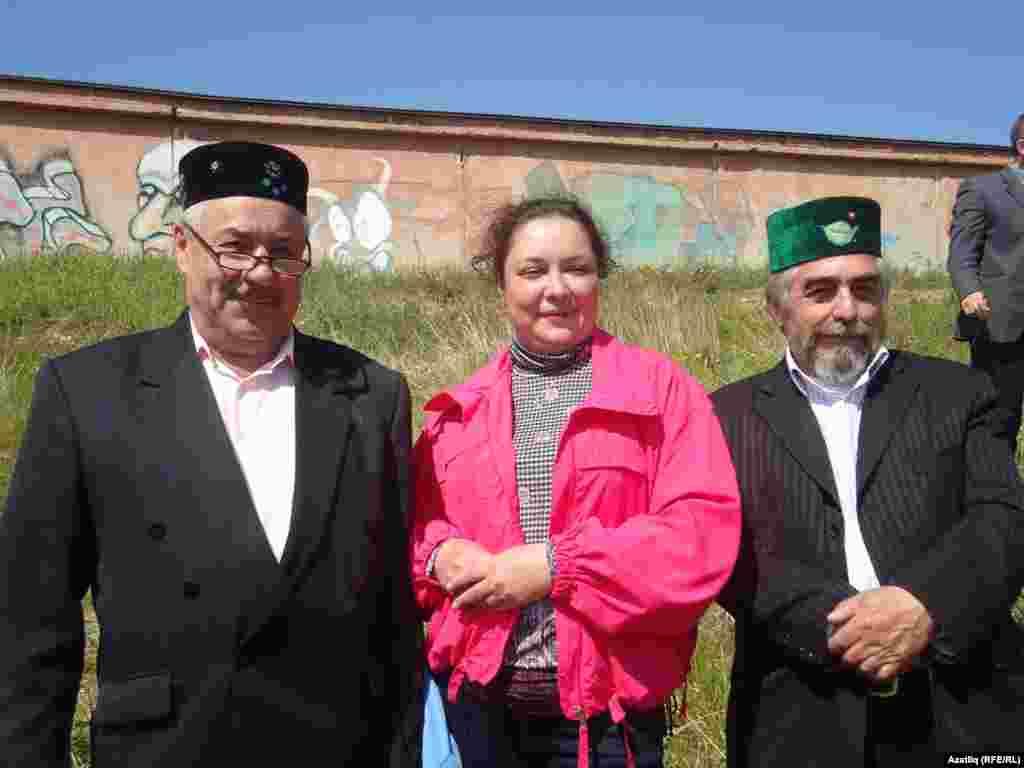 Сулдан уңга - Фоат Нургалиев, аның кызы һәм Халит Рәхимов