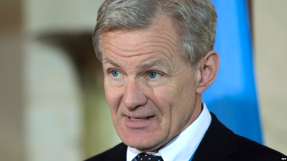 "Jan Egeland, the head of the UN humanitarian task force on Syria, told reporters in Geneva on December 8 that months of negotiations over aid plans had produced ""nothing."""