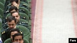 موضعگیری سپاه پاسداران در قبال تحولات سیاسی و سیاست خارجی جمهوری اسلامی ایران از آن رو اهمیت دارد که این نیروی نظامی در سال های اخیر به یک وزنه مهم و تاثیرگذار در این زمینه تبدیل شده است.(عکس: فارس)