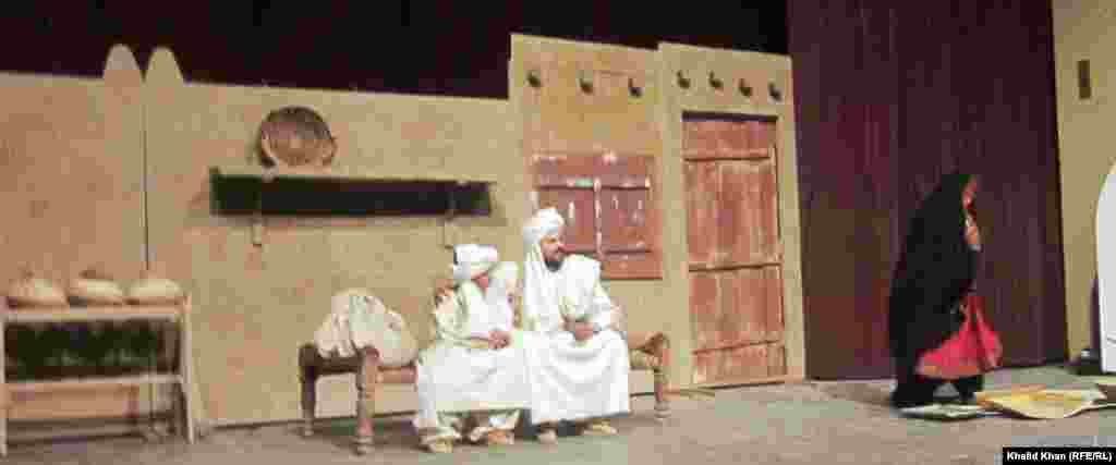 بیګا شپه د پښتو ستر صوفي شاعر رحمان بابا پر ژوند،کلام او پیغام د پېښور نښتر هال کې لومړۍ تییېټر ډرامه وړاندې شوه.د جنورۍ ۱۶مه نېټه ۲۰۱۲م کال