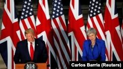 Presidenti i Shteteve të Bashkuara, Donald Trump dhe kryeministrja britanike, Theresa May